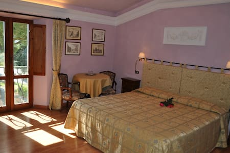 Double room in the Villa - Castellina in Chianti