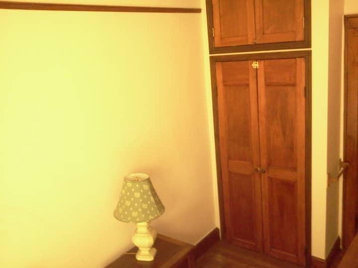 Cozy Room in Landmark House