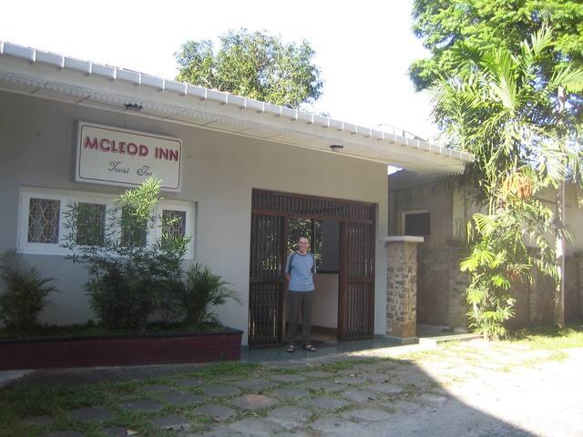 Mcleod inn
