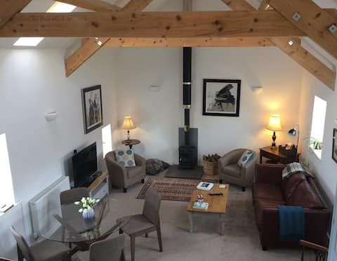 Anglesey hideaway for 4
