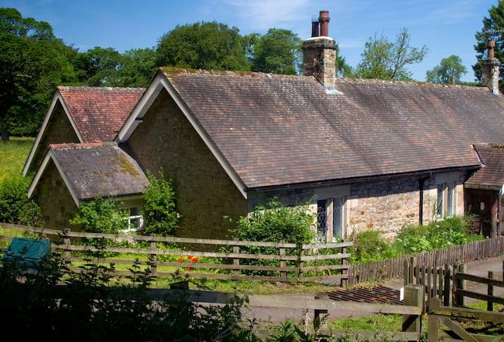 Haughton Castle - Garden Cottage