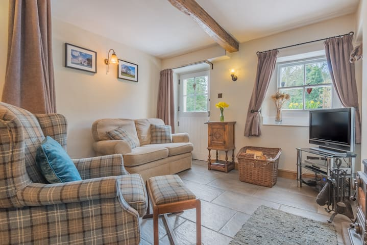 Aster Cottage, a cosy retreat for two.