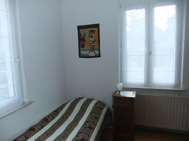 chambre individuelle - Ostwald - Bed & Breakfast