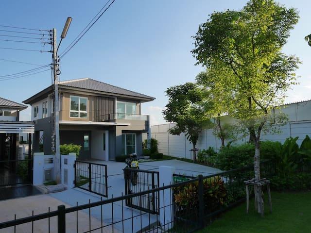 New Quiet House for Rent - Khon Kaen - Huis