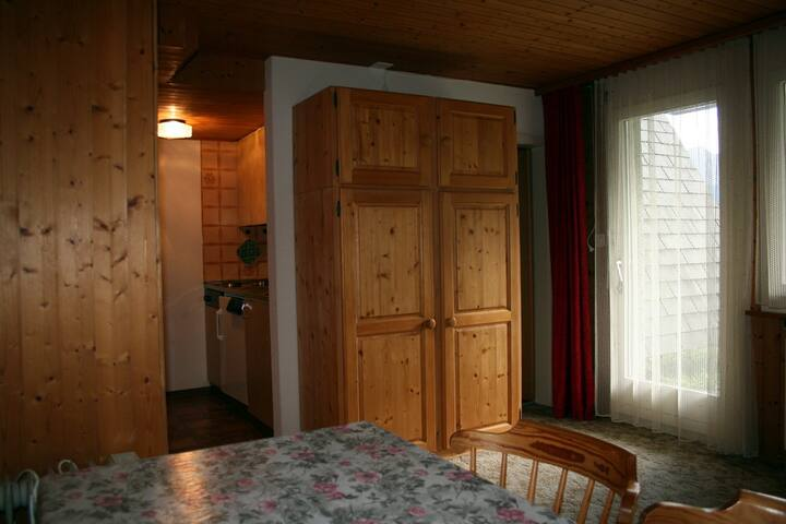 Ferienhaus Dreispitz, (Flumserberg Tannenheim), 2 bed-studio with bath/shower