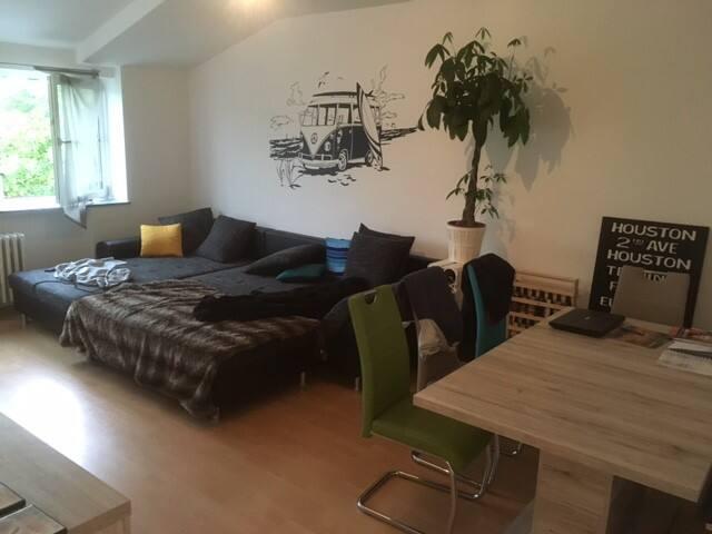 Zentrale 80m² Wohnung im Herzen von Köln