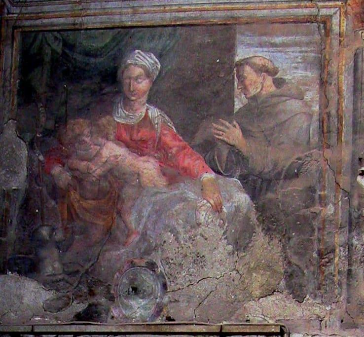 Madonna dei Ferrari - affresco sulla facciata