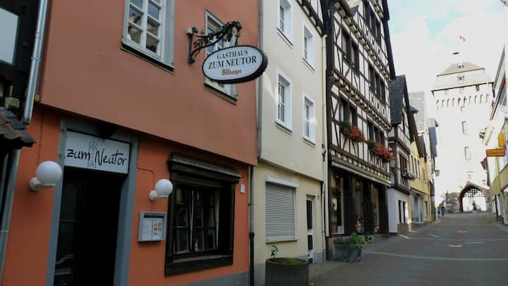 living romantically in the old town