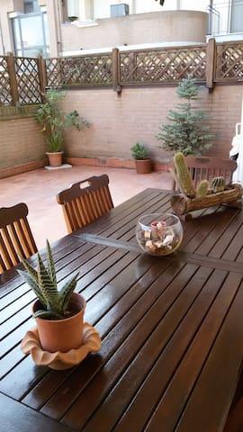 Delizioso bilocale con terrazza - Livorno - Lägenhet