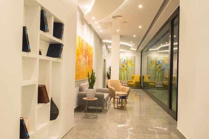 Lobby bibliothèque