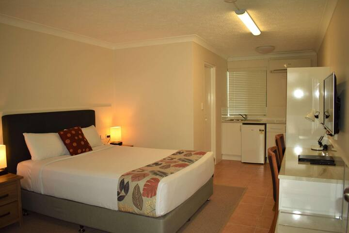 Gorgeous Double Bed Non Smoking At Coffs Harbour
