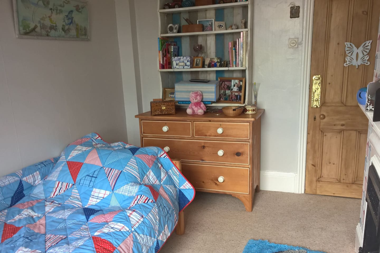 The Beach Hut bedroom