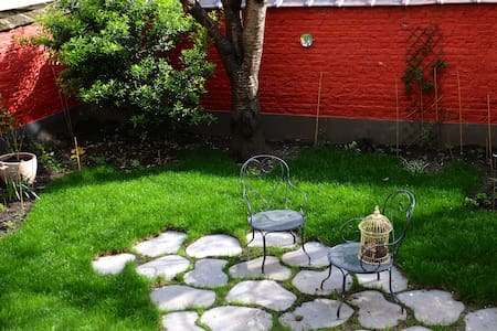 Lumineux duplex avec jardin - Schaerbeek