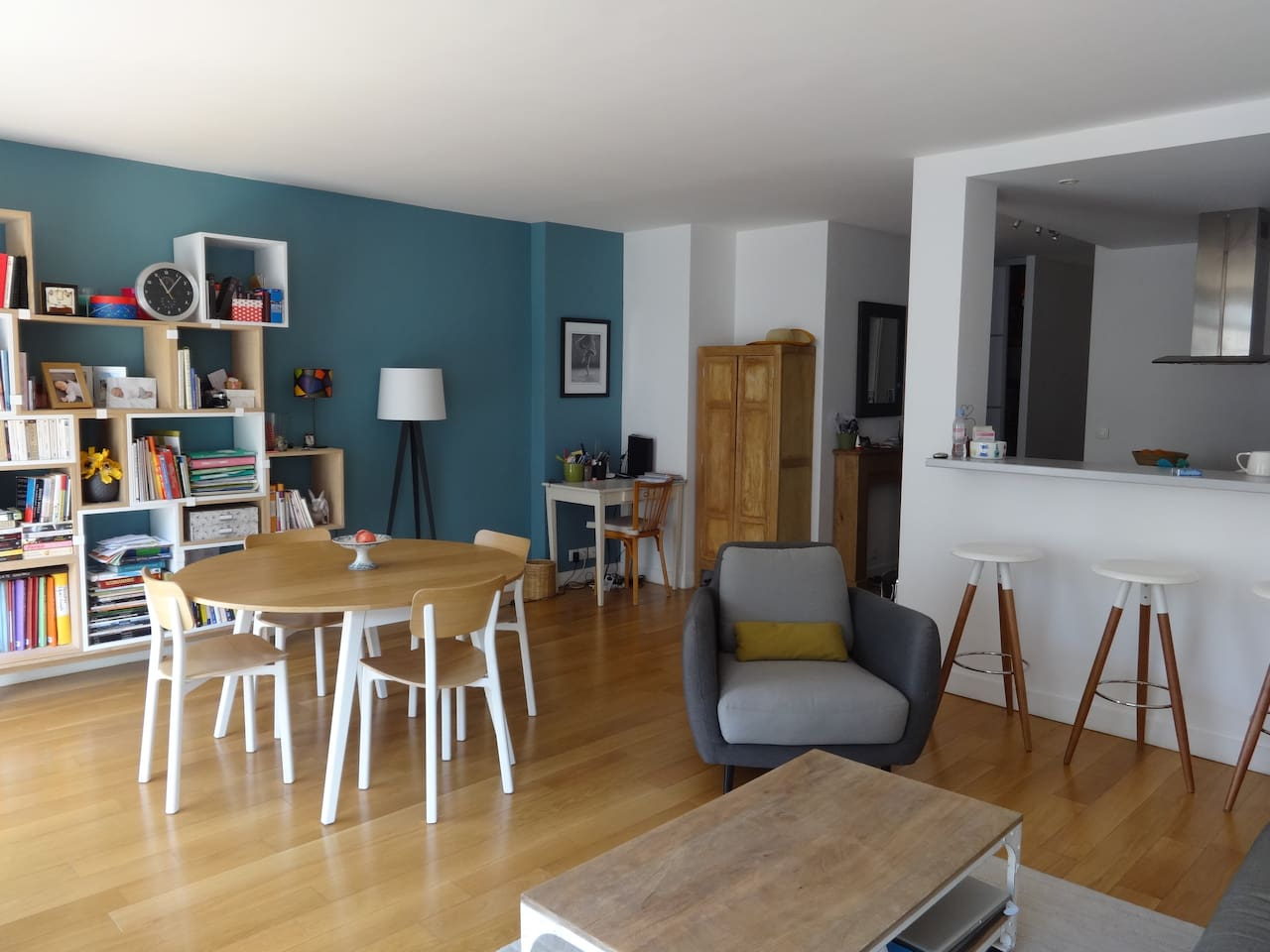 Bright and roomy living room and dining room