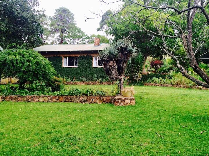 Tegwaan – Stone Cottage