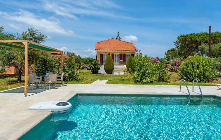Beach Villa Lena with private pool