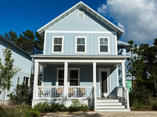Dover Sky on 30a, sleeps 12 and pet friendly.