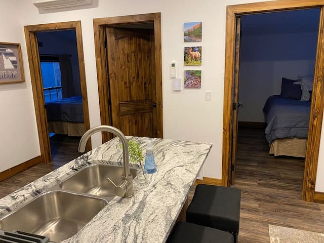Brand new Apartment - Walking distance to downtown