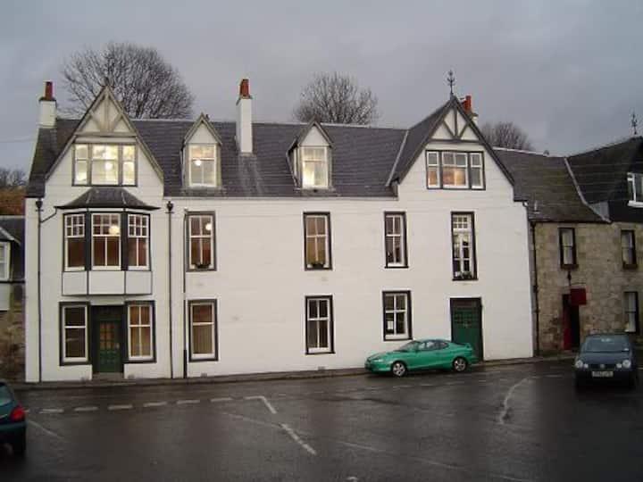 Kirkmichael Apartments - Strath Don