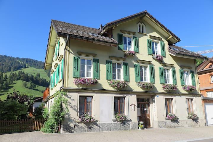 Kleines gemütliches Studio in Unterwasser - Alt Saint Johann - Dům