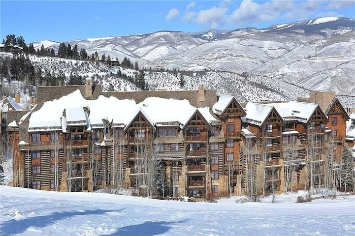 FREE LIFT TICKETS! - Timbers – Ski in / Ski out luxury - #3208, 2BR