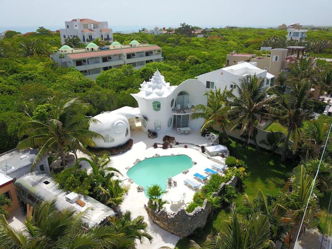 The World Famous Seashell House ~ Casa Caracol