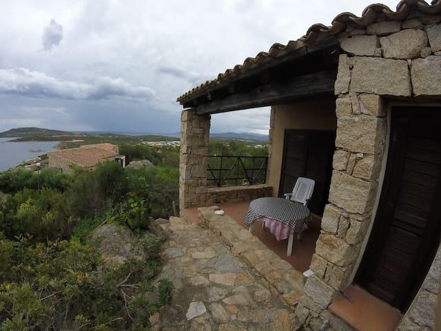 Prestigioso appartamento vista mare a Punta Molara - Punta Molara - Apartment