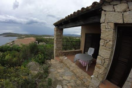 Prestigioso appartamento vista mare a Punta Molara - Punta Molara