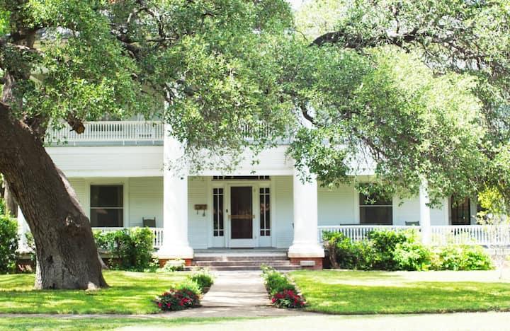 Cunningham-Turner Home