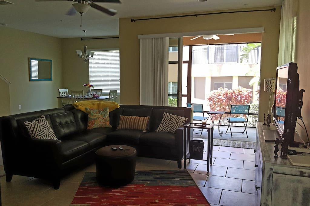 Indoor/ Outdoor Living