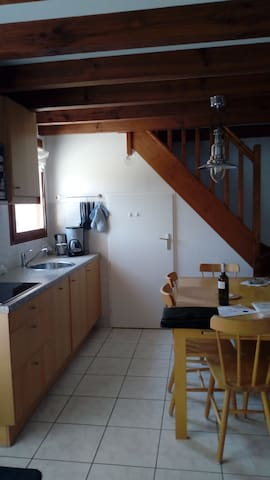 Maison de vacances  2 chambres dans village