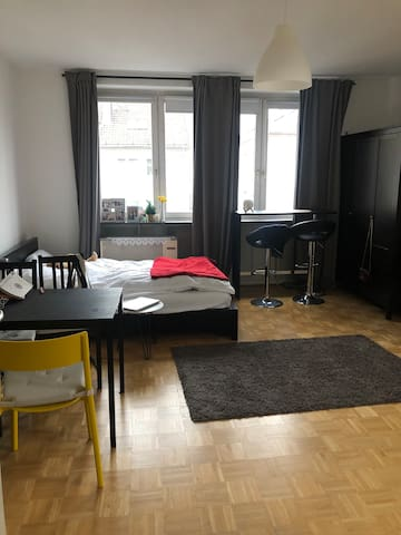 Top Lage👍 Cozy 1.5 room apartment next to Messe