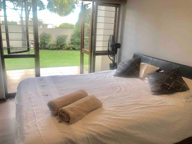 Tranquil home with WIFI and  DSTV