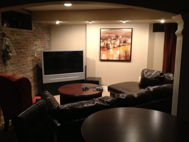 beautiful private basement suite houses for rent in
