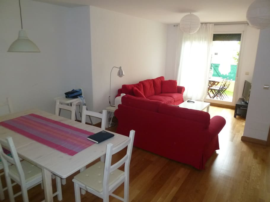 Casa familiar con garaje houses for rent in comillas cantabria spain - Apartamentos club condal comillas ...