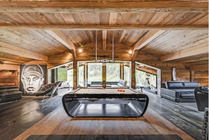 Chalet Quezac - CATERED Ski Chalet  GC-Kollection