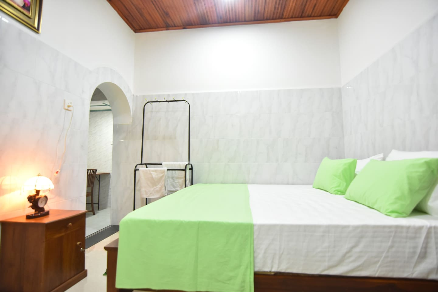 106 stranded double room