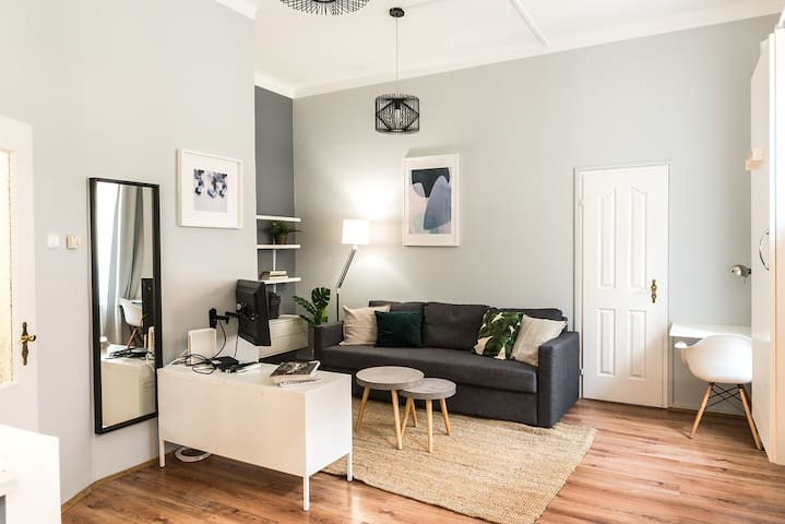 Downtown Business Suite