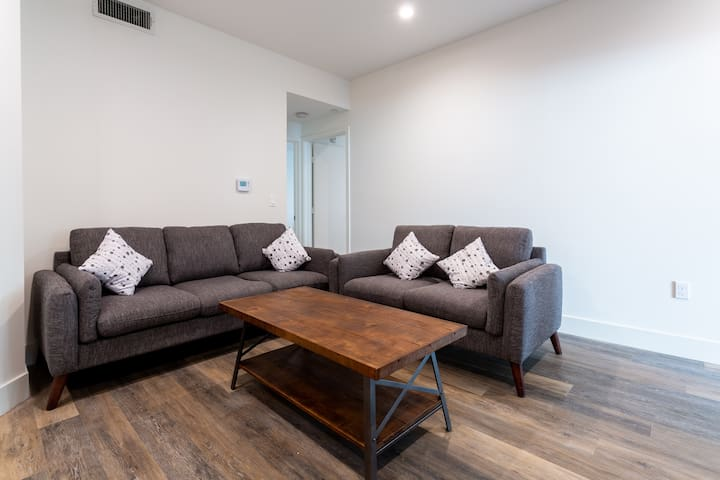 UCLA Brand New Luxury Apartment Private Room