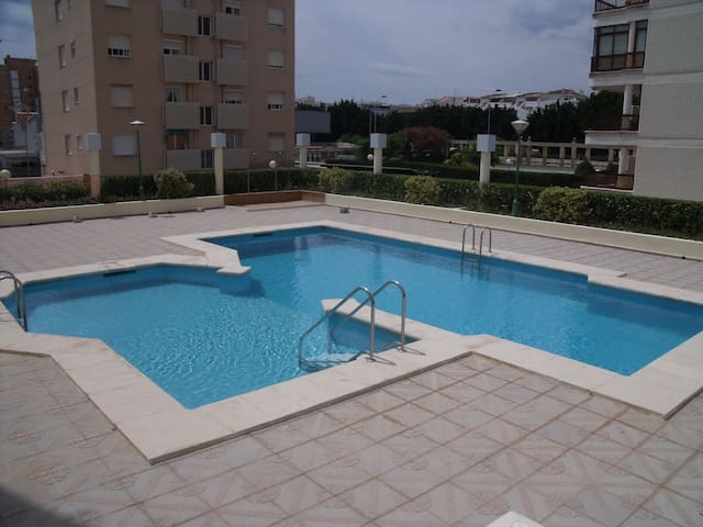 Modern 2 bedroom holiday family apartment - Grau i Platja - Apartment