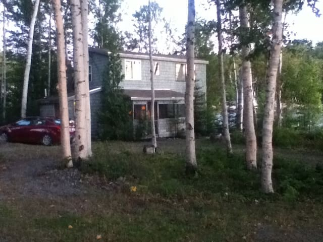 Rangeley Secluded Cabin Oquossoc - Oquossoc - Hytte
