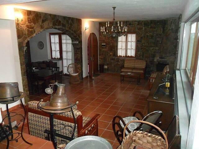 Villa panoramica a 15 min. dal mare - Cresta - Vila