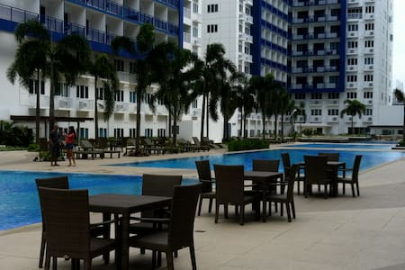 2 BR FULLY FURNISHED CONDO UNIT IN FRONT OF MOA - Pasay City
