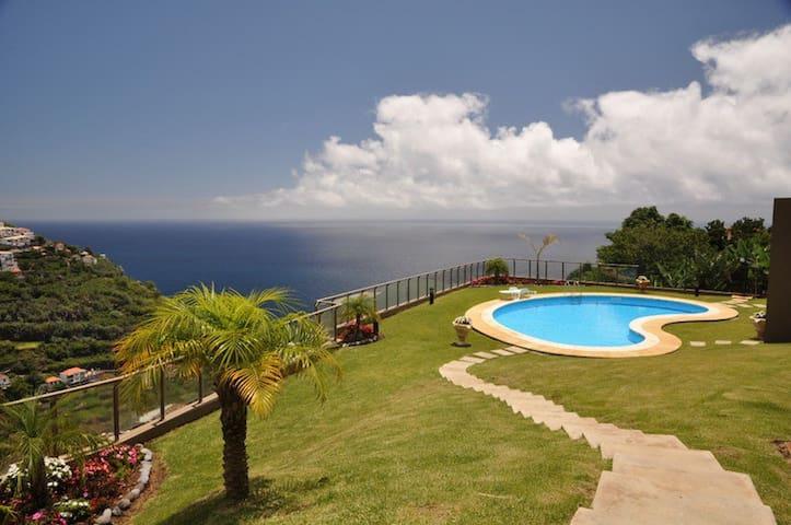 Calheta Sunset-apt with pool + wifi - Calheta - Apartament