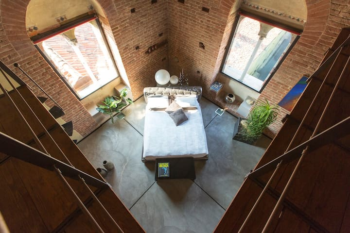 Unique stay in a medieval tower! - Asti - Appartement