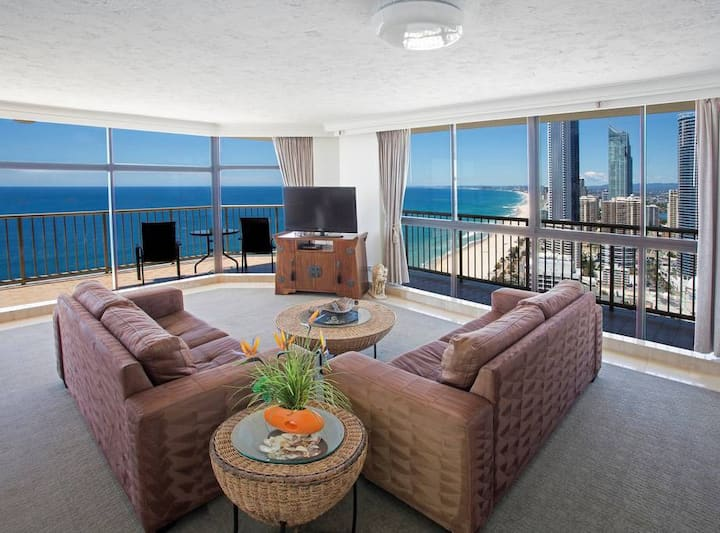 Beachfront Penthouse at Imperial Surf
