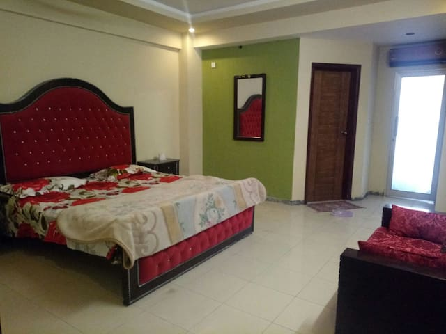 2 Bed luxury independent apartment in Bahria Town