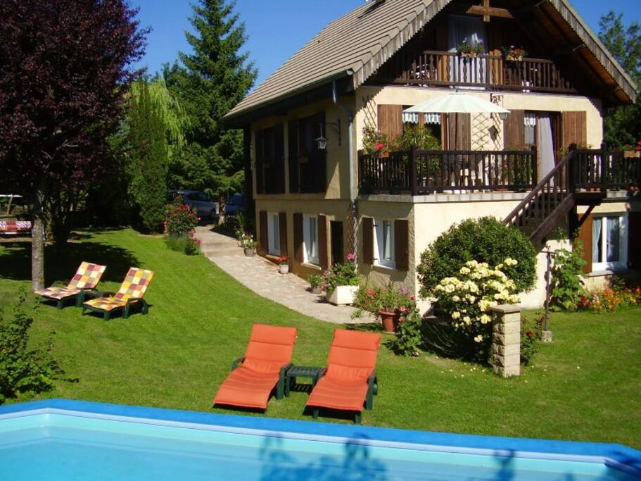 G te avec jardin la montagne houses for rent in la for Jardin google translate