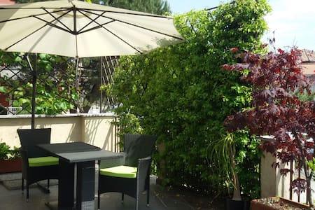 Nik's shelter Milano Lakes Malpensa - Cassano Magnago - อพาร์ทเมนท์