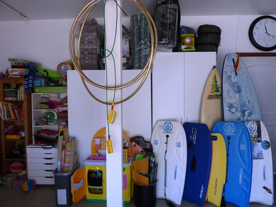 Help yourself to boards, games and beach chairs, umbrellas, towels and much more not seen.
